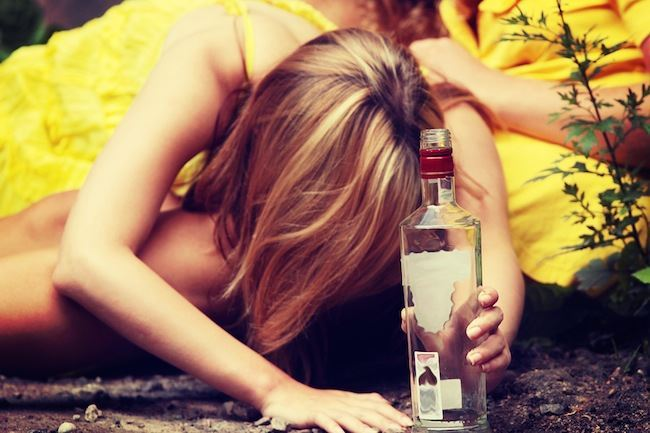 Drinking too much? Five ways to cut back on your drinking without losing your social life