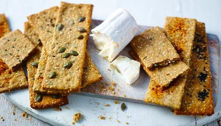 15 healthy cracker recipes to munch this month multi seed savoury crackers solutioingenieria Images